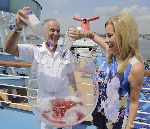 Kathie Lee Gifford Debuts Wine on Carnival Splendor