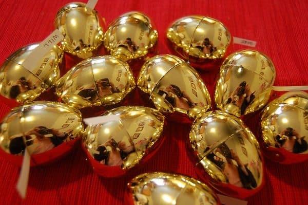 Golden Easter Eggs | photo: flickr/mmatins