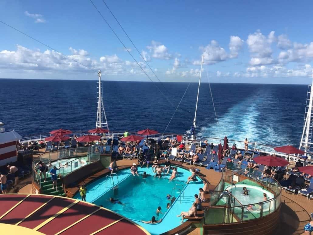 Tides pool carnival vista