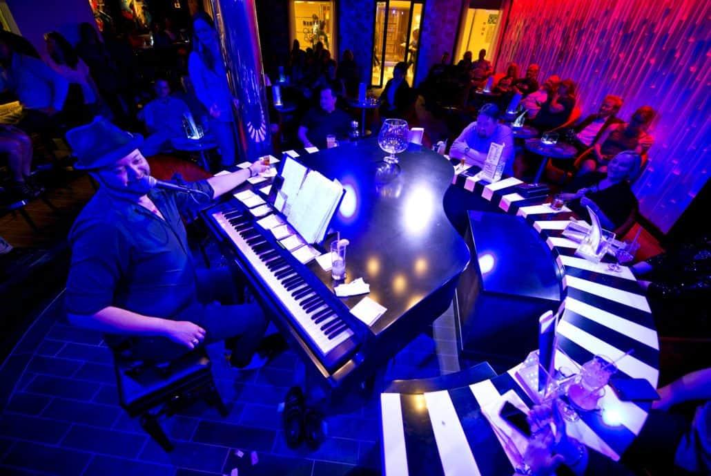 piano bar carnival cruise