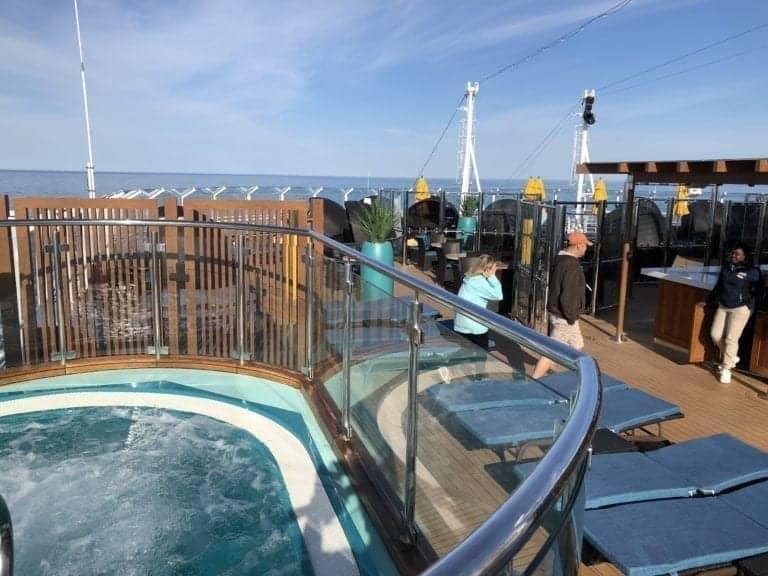 carnival horizon hot tub serenity