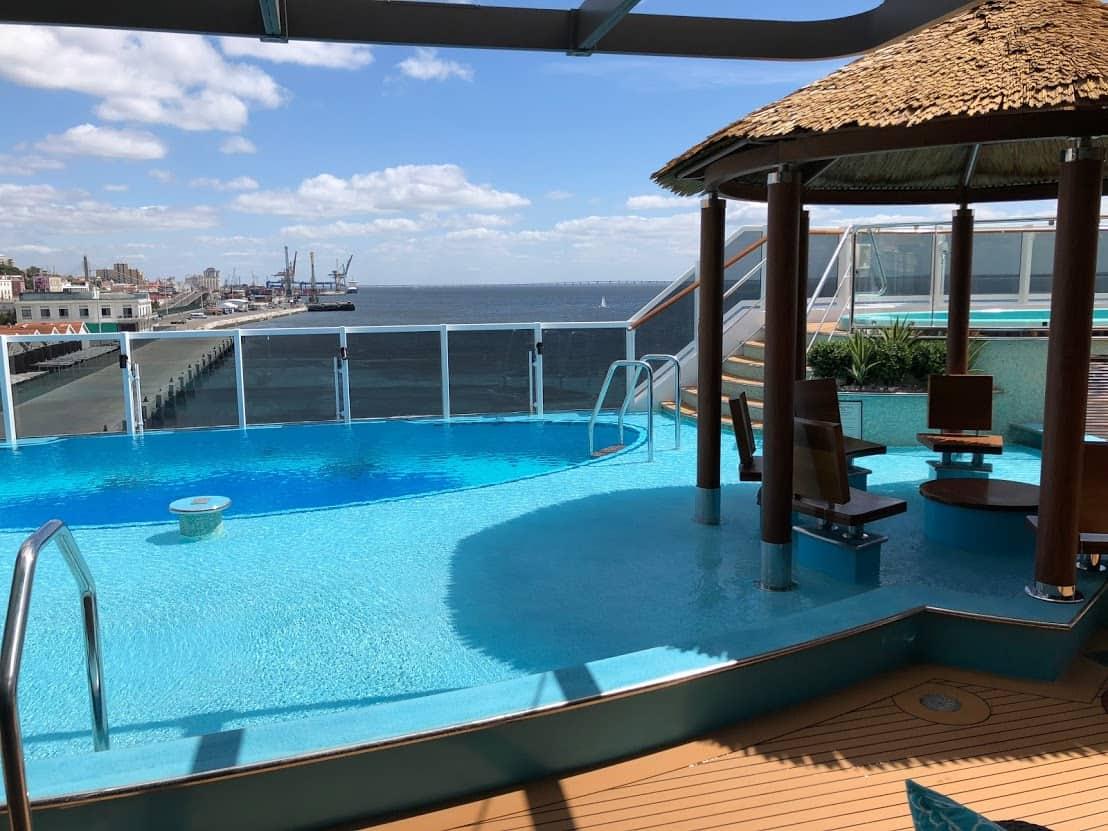 havana retreat pool
