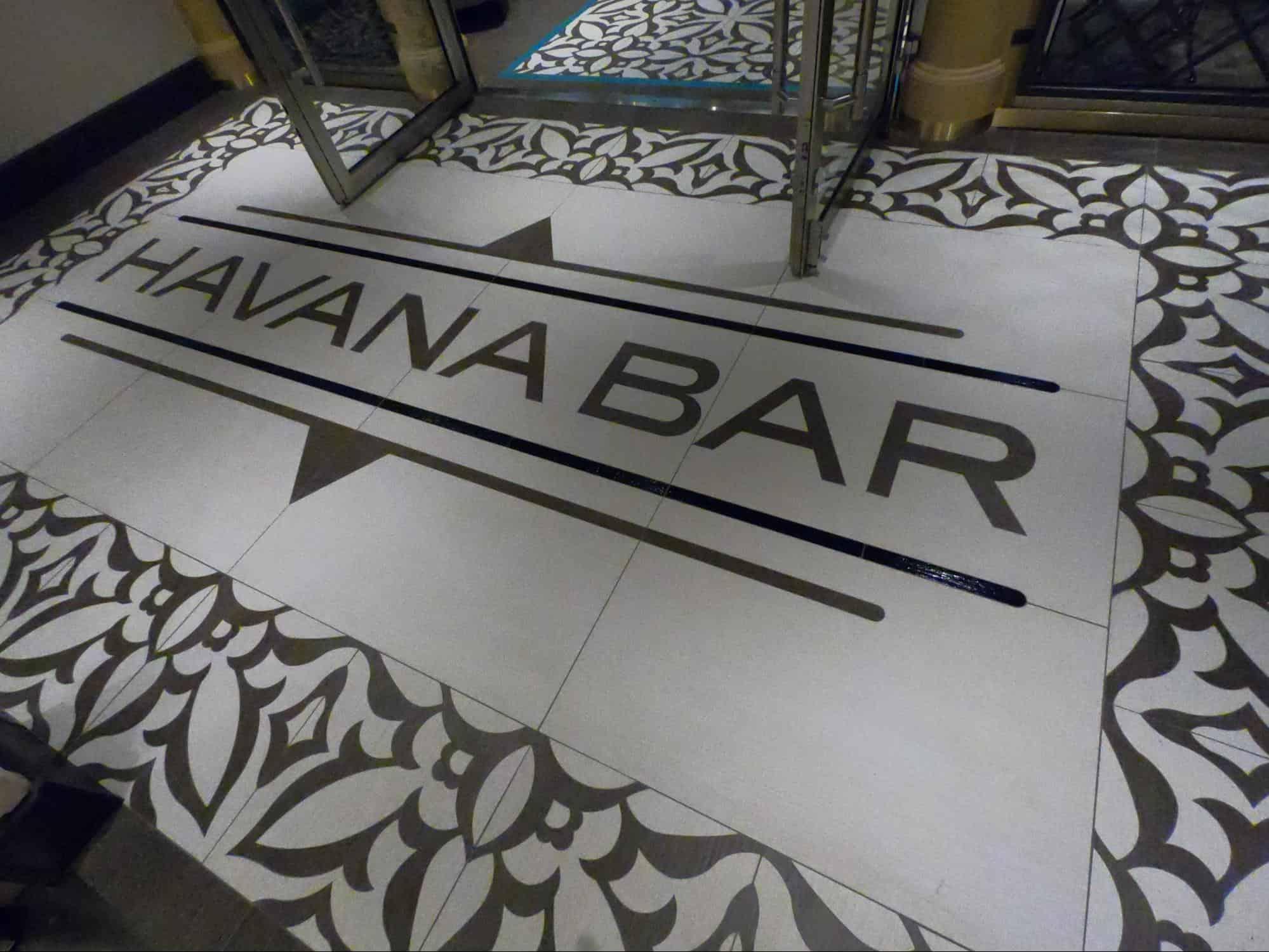 havana bar entrance