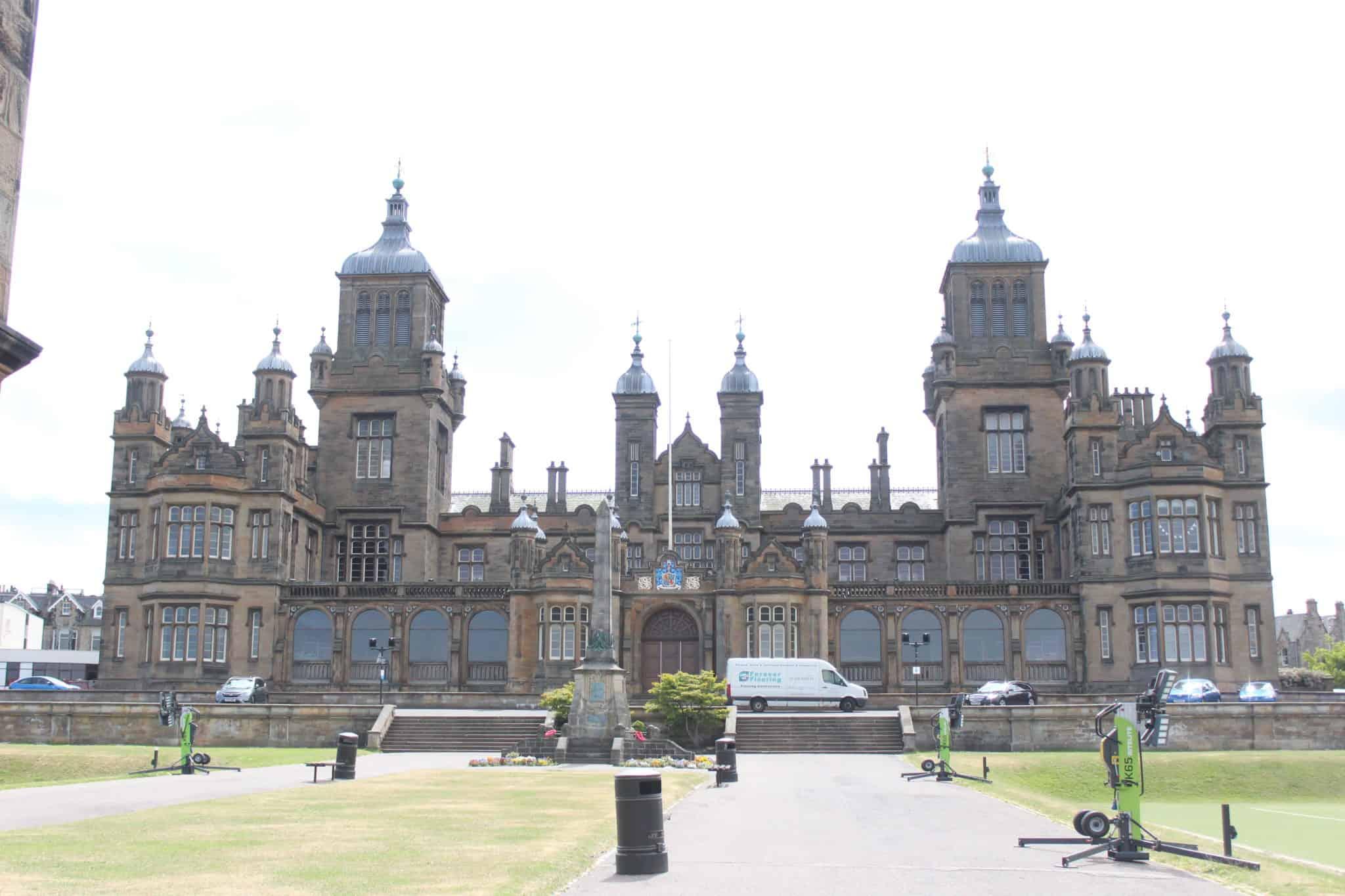 Hollyrood Palace edinburgh scotland
