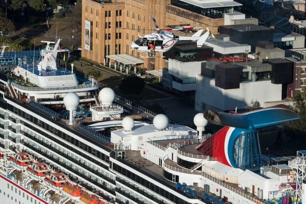 grinch on carnival cruise ship