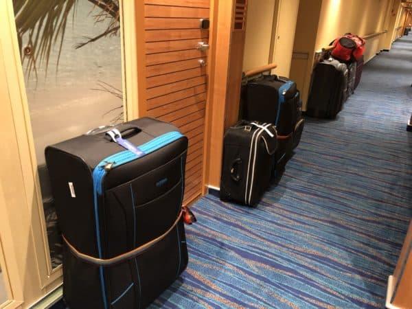 luggage carnival cruise