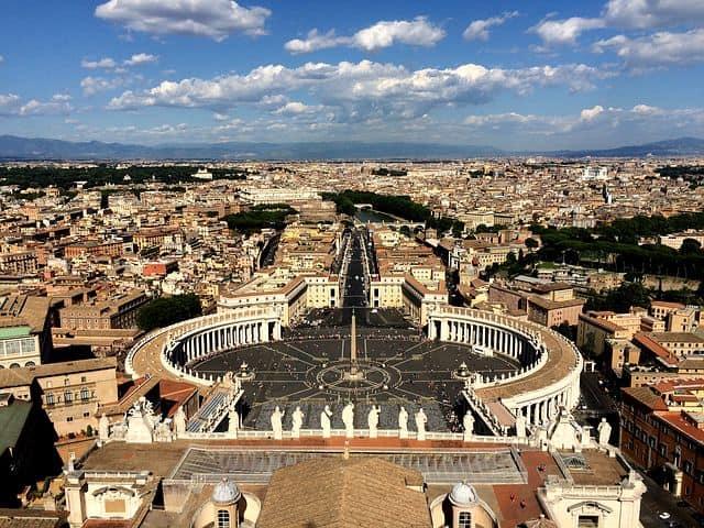 st. peter's square rome vatican city