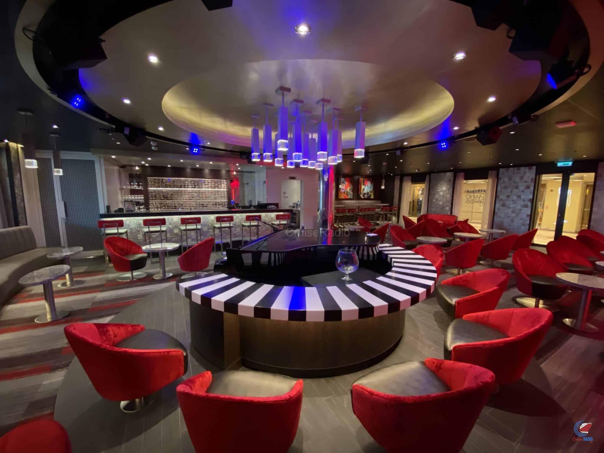 Carnival Panorama piano bar
