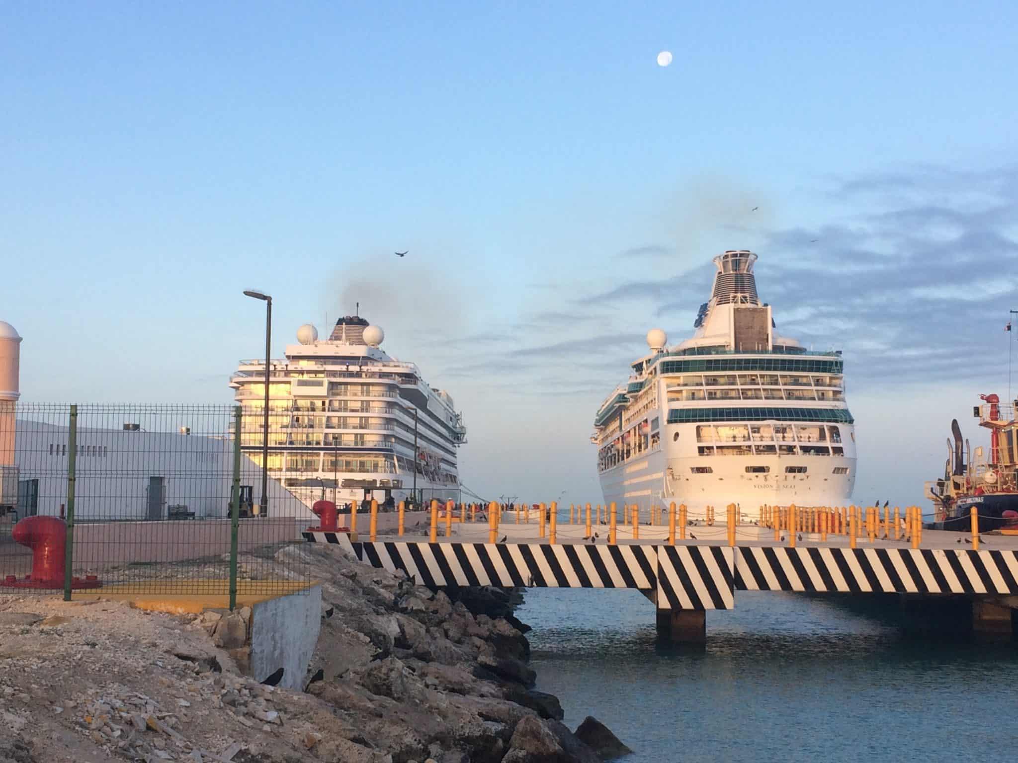 cruise ships progreso mexico