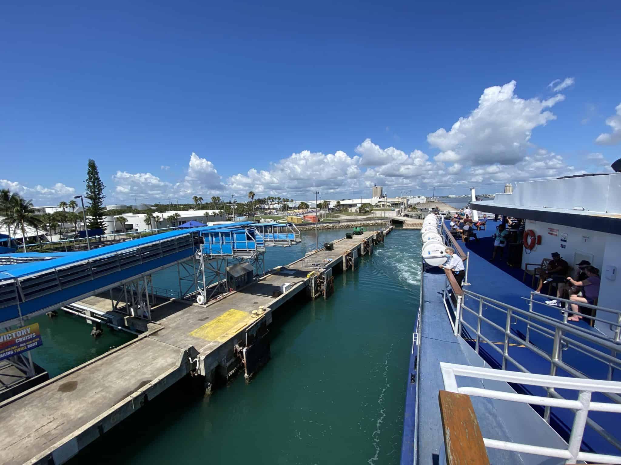 victory cruise casino dock