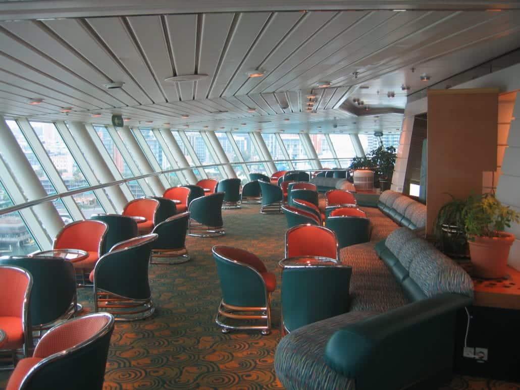 Monarch Viking Crown Lounge