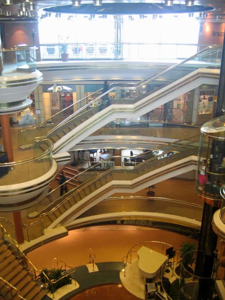 Monarch Centrum Atrium Ship