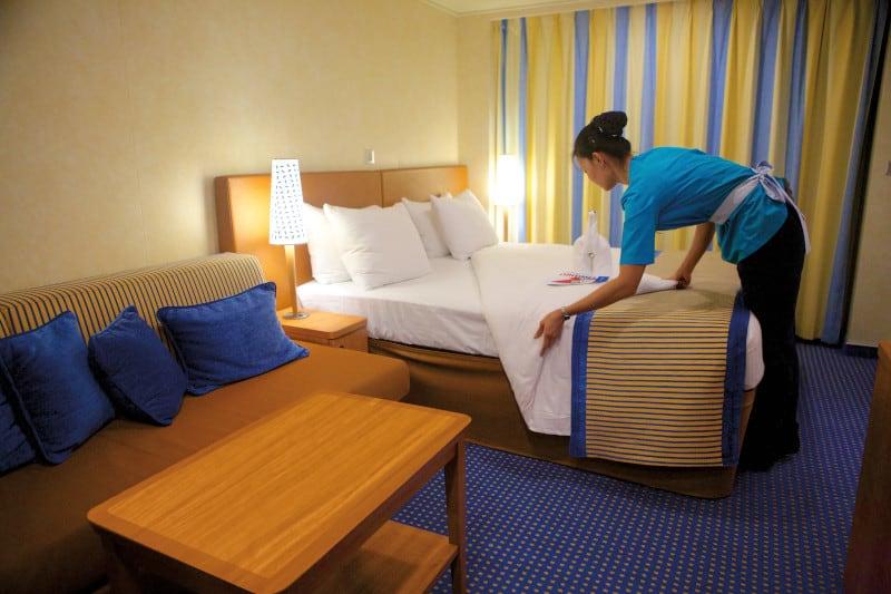 cabin clean carnival cruise line