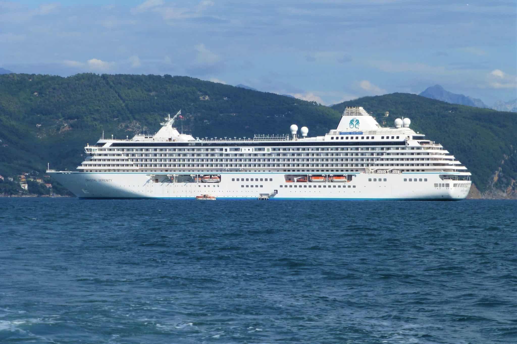 crystal serenity ship exterior