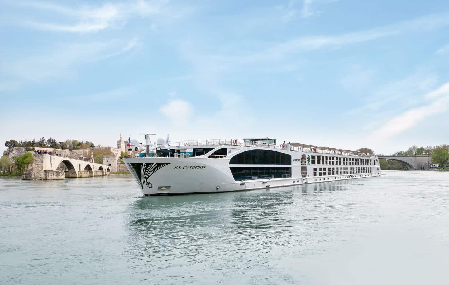 uniworld boutique river cruise ship