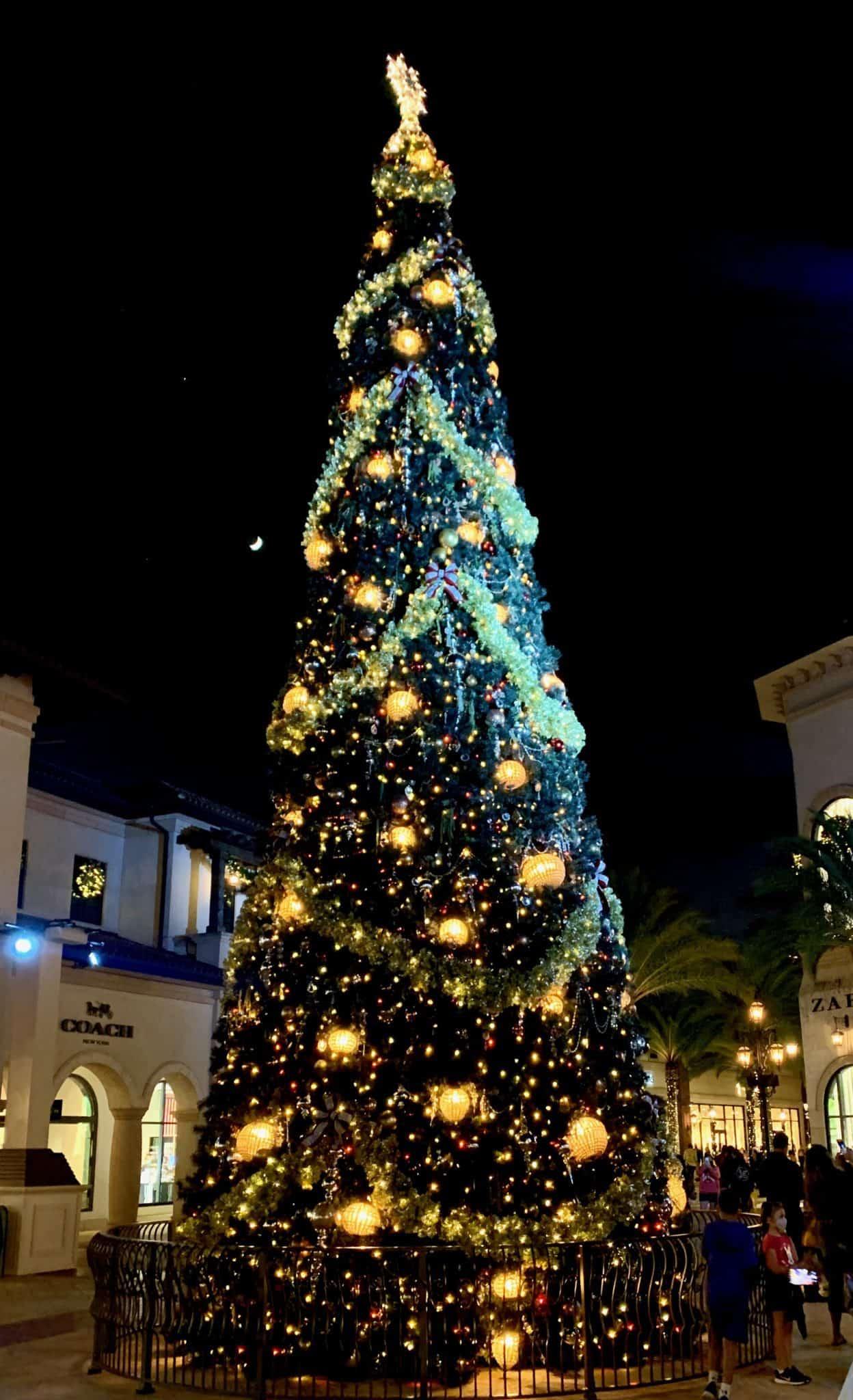 christmas tree stroll disney springs 2020