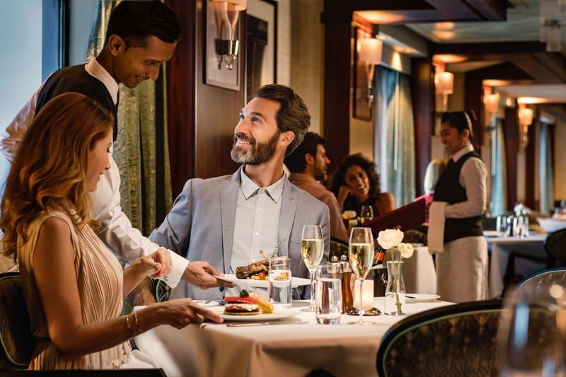 norwegian star le bistro french restaurant