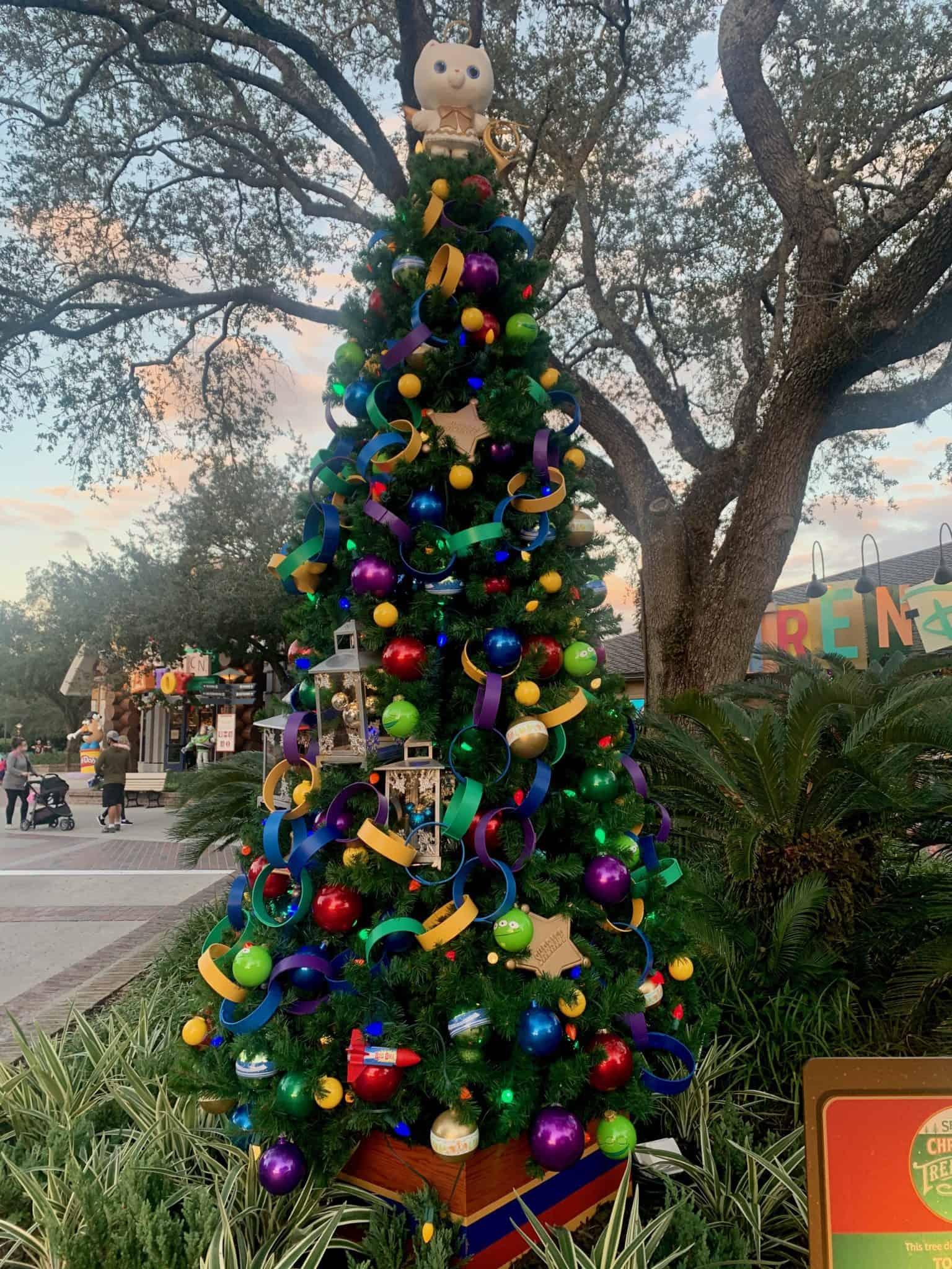 disney springs christmas tree stroll 2020 toy story