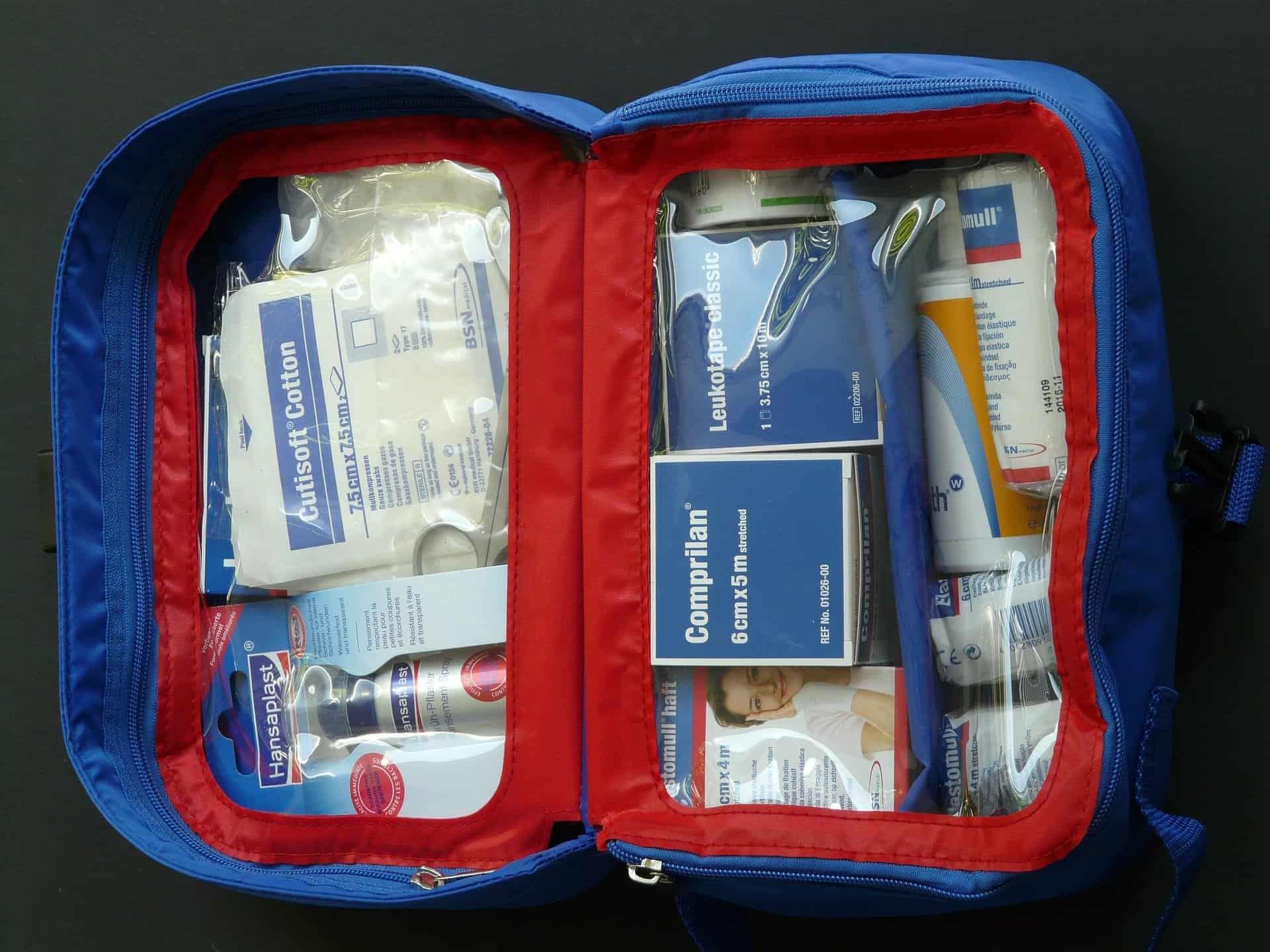 first aid kit pixabay