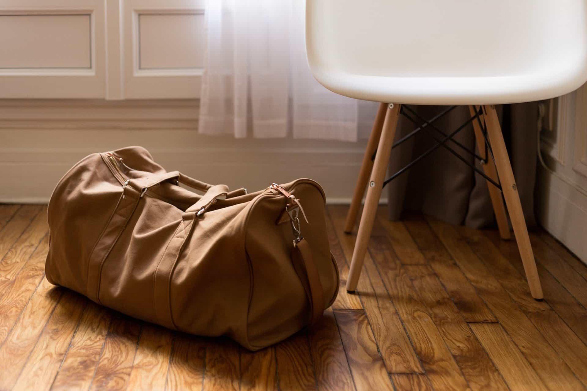 luggage duffle pixabay