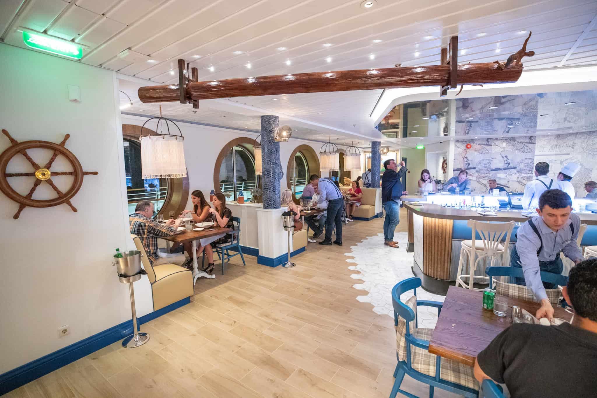 navigator of the seas hooked seafood restaurant