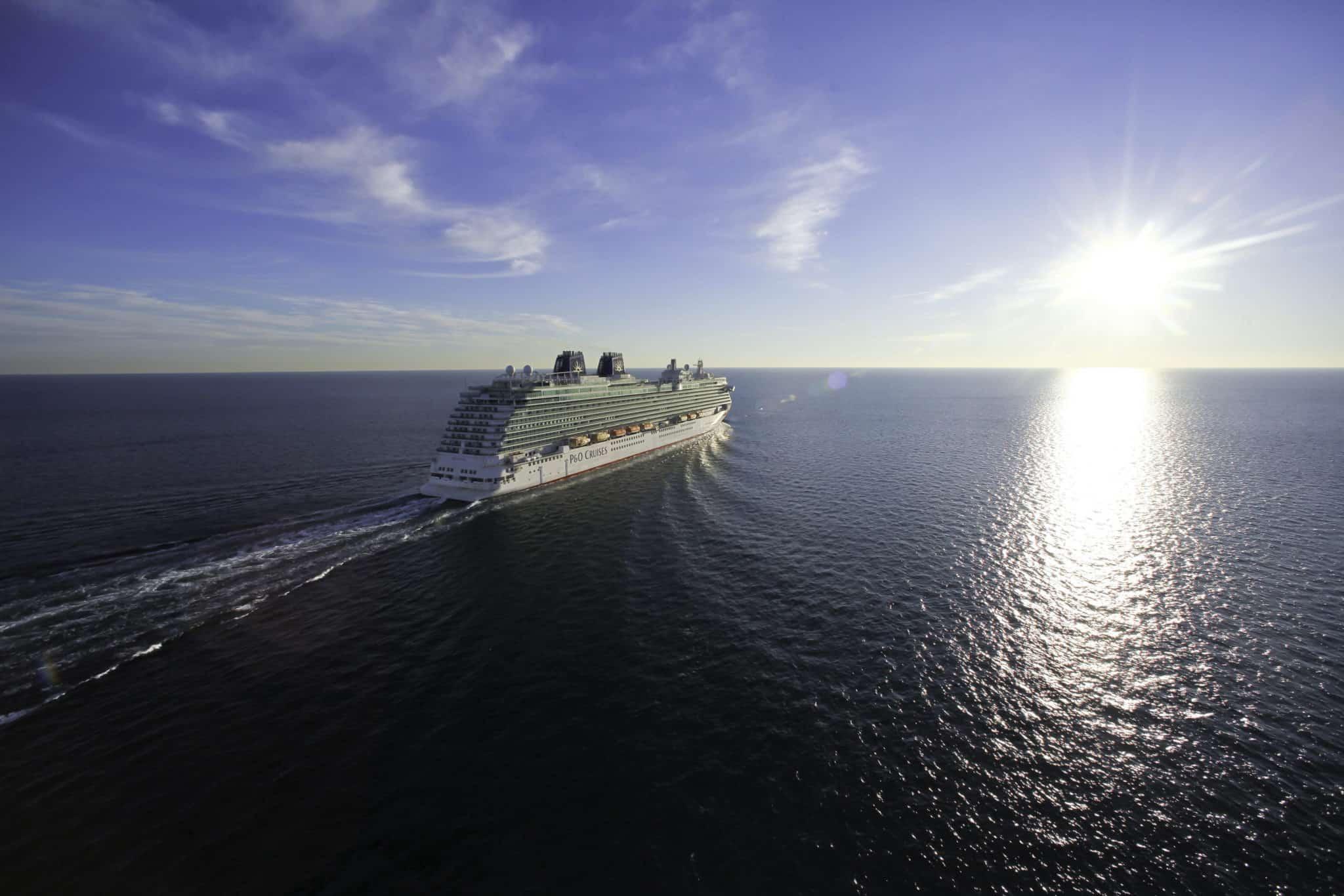 p&o cruises britannia sunshine