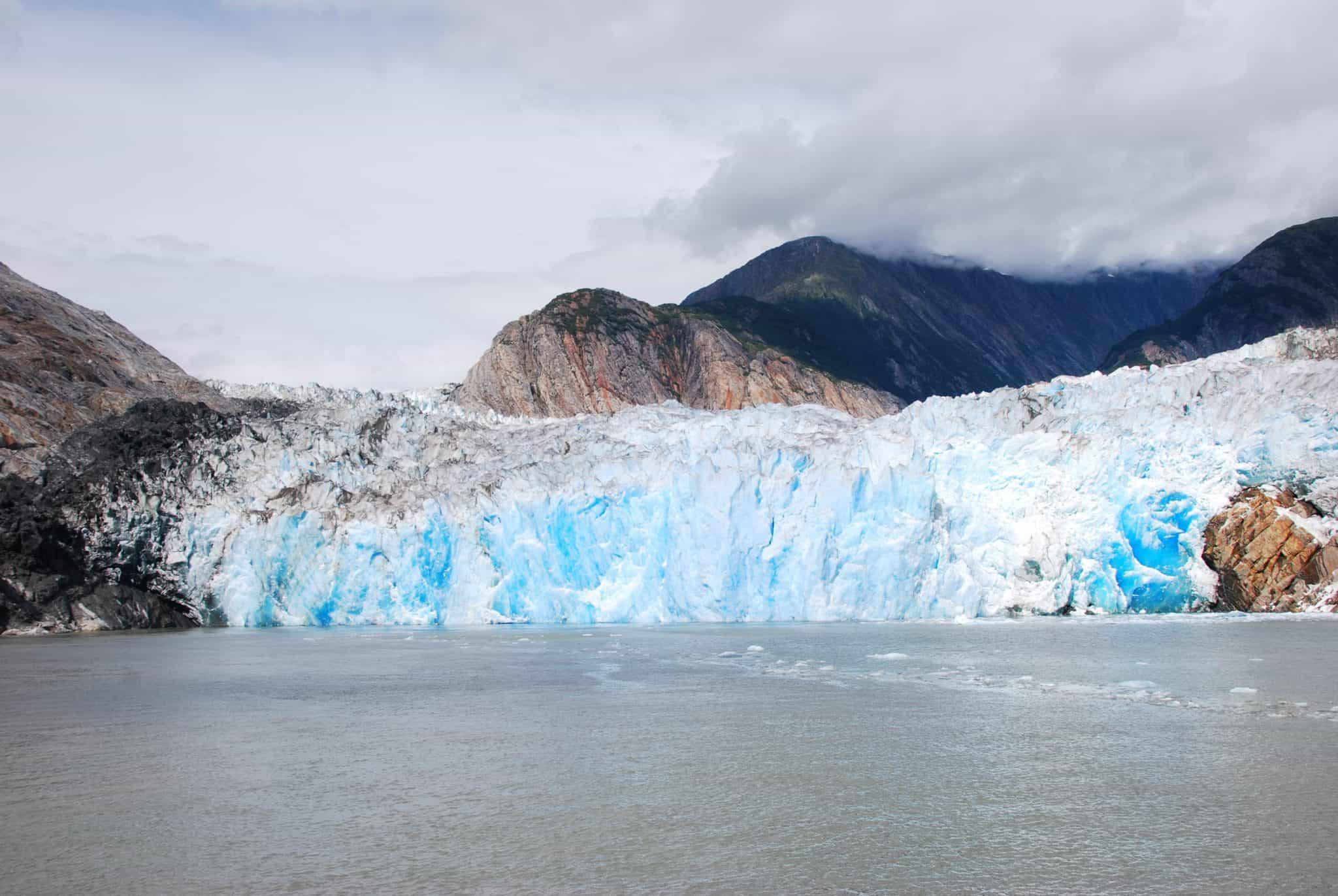 sawyer glacier tracy arm fjord alaska