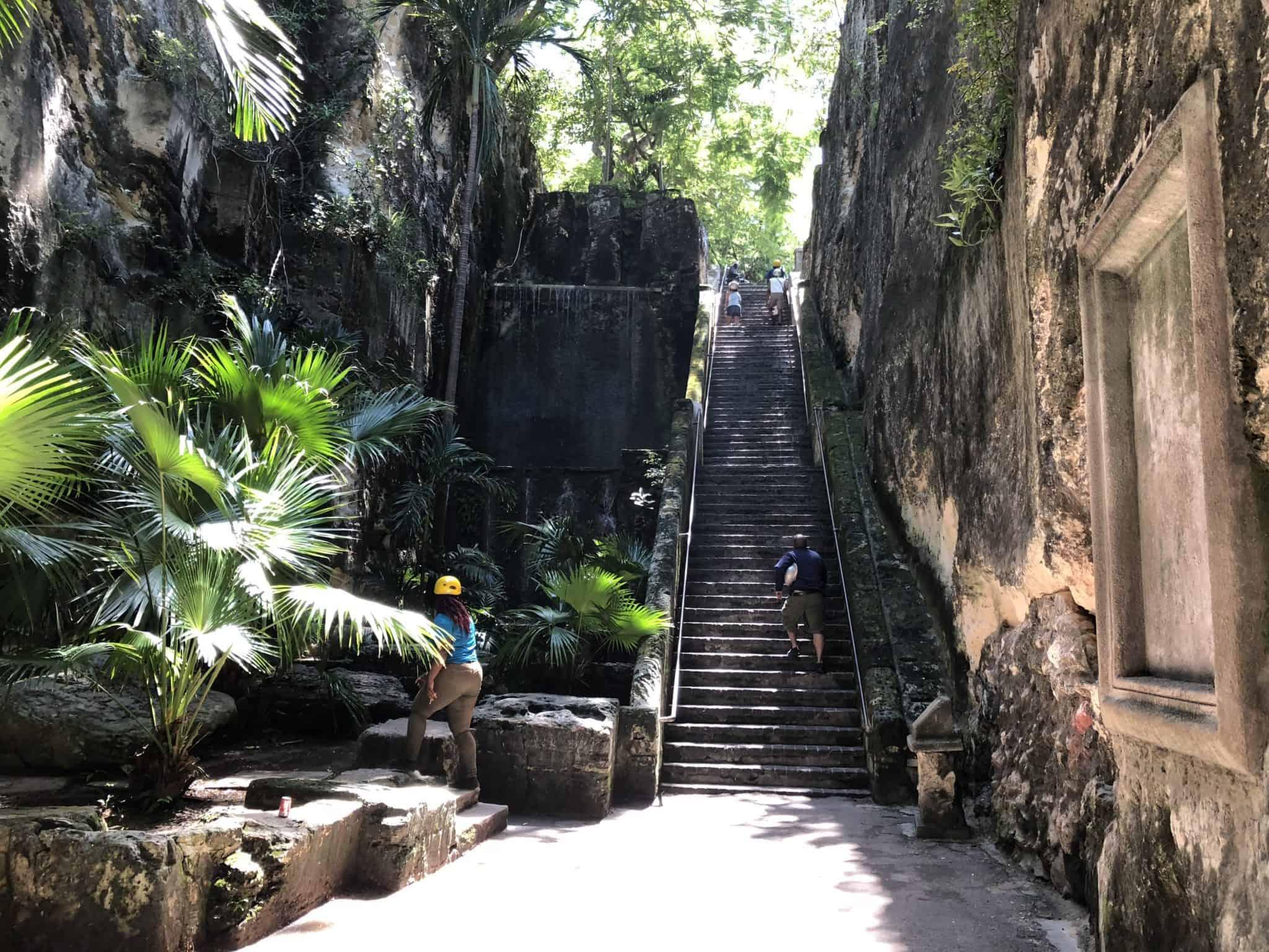 nassau bahamas queen's staircase