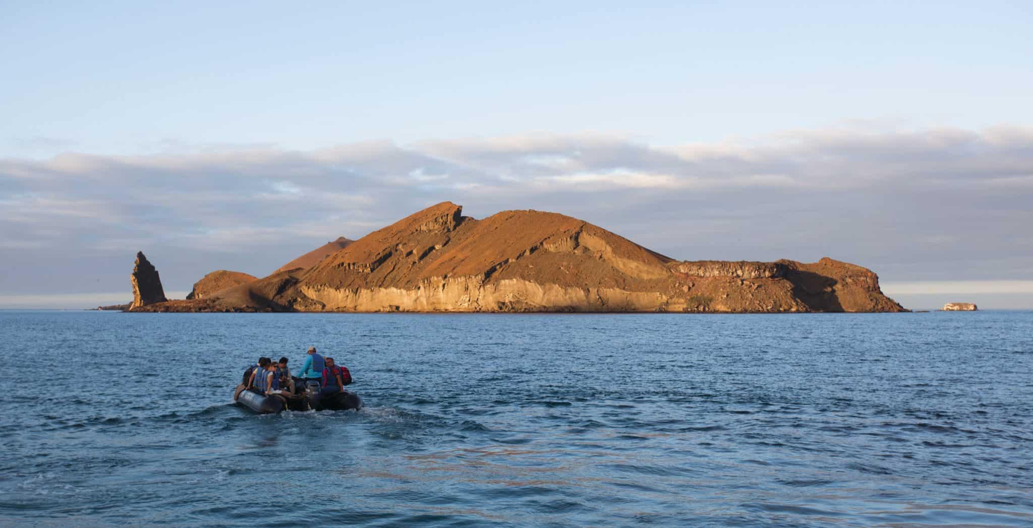 sullivan bay, santiago island, galapagos