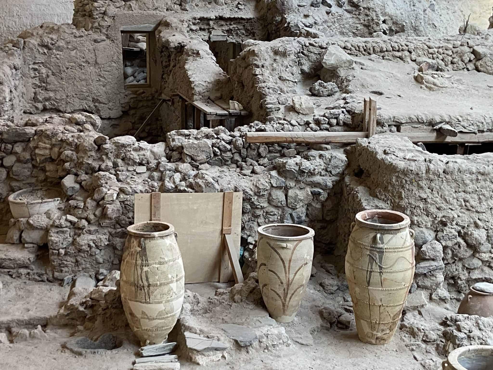 santorini greece artifacts