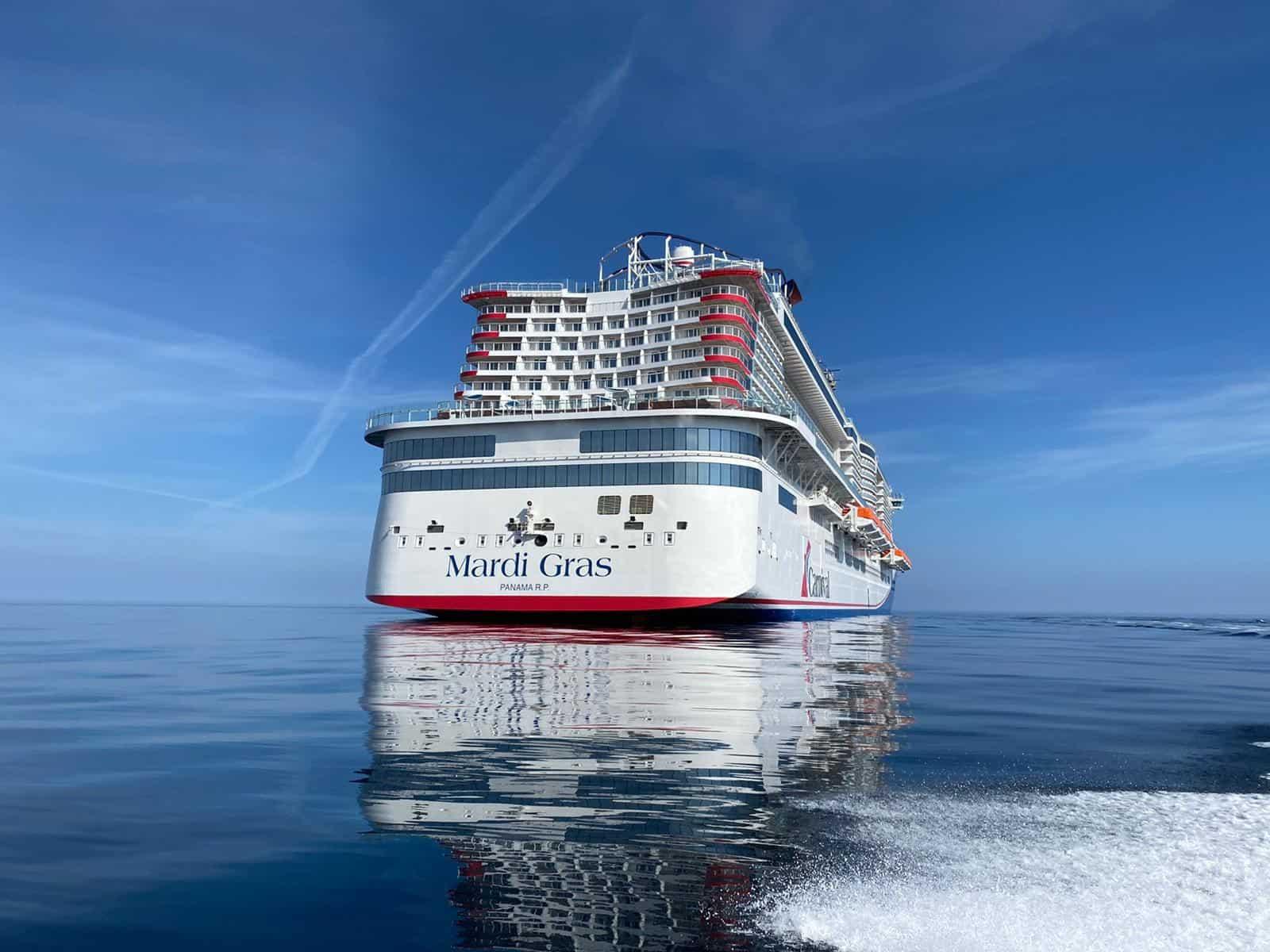 carnival cruise line mardi gras at sea
