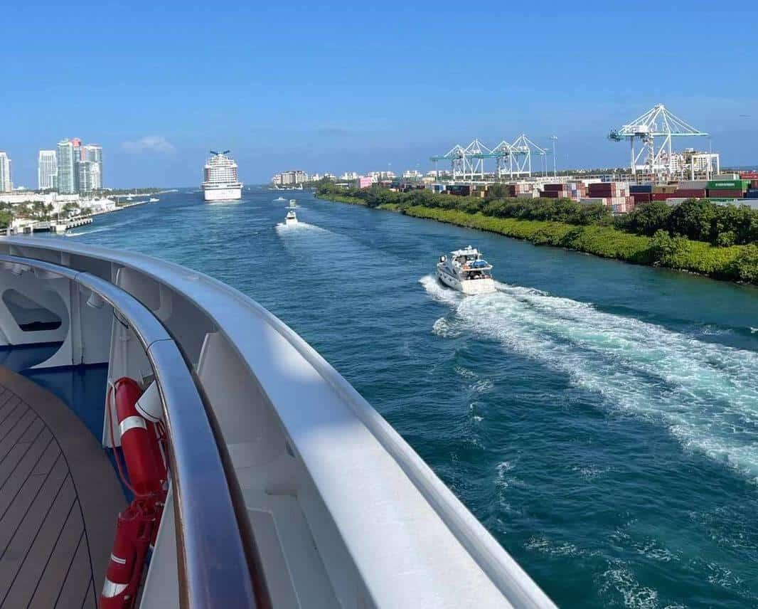carnival horizon sail away PortMiami