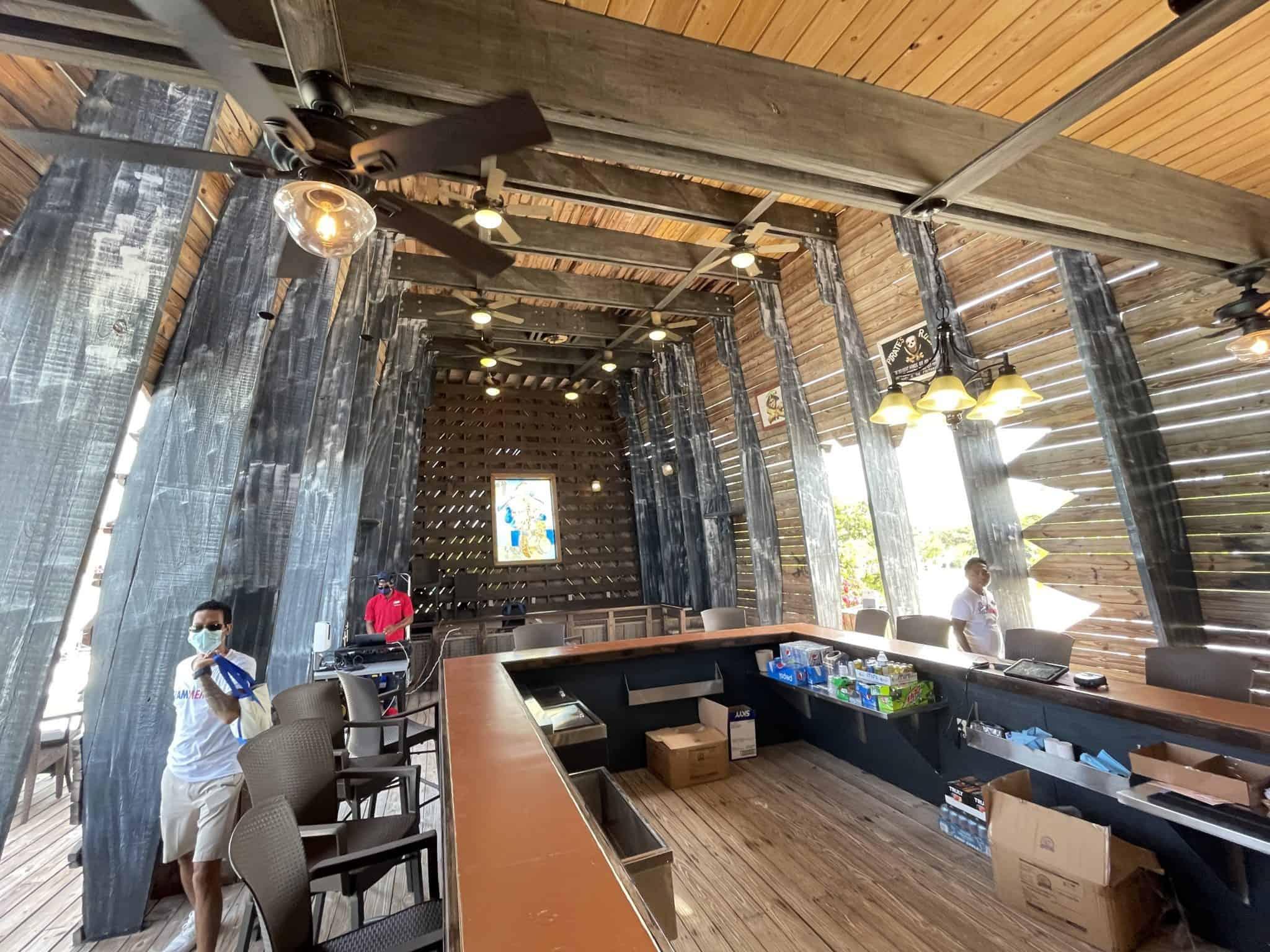 captain morgan's pirate ship bar half moon cay