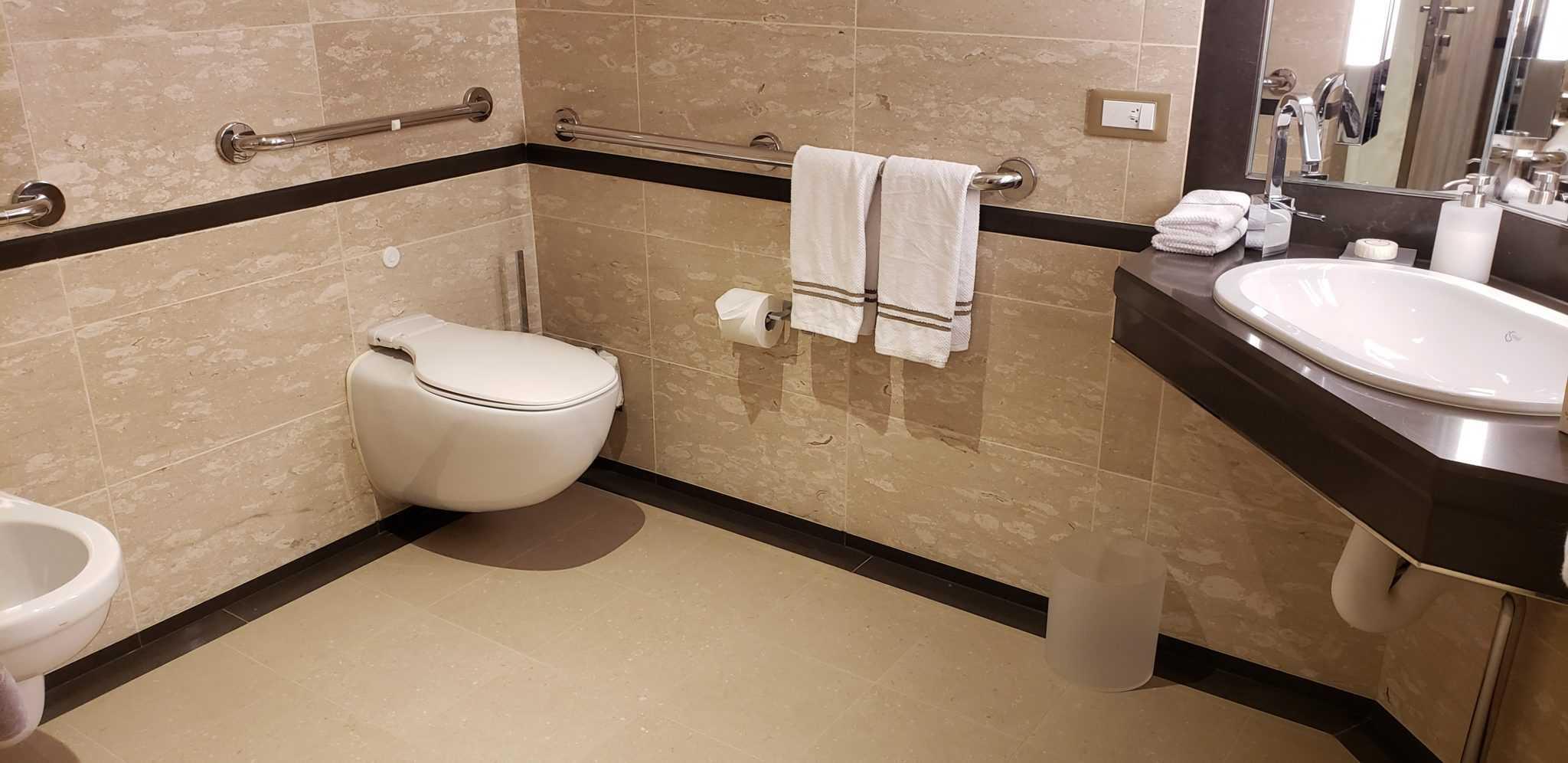 silver moon accessible suite bathroom