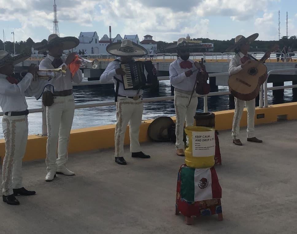 mariachi band cozumel mexico mardi gras