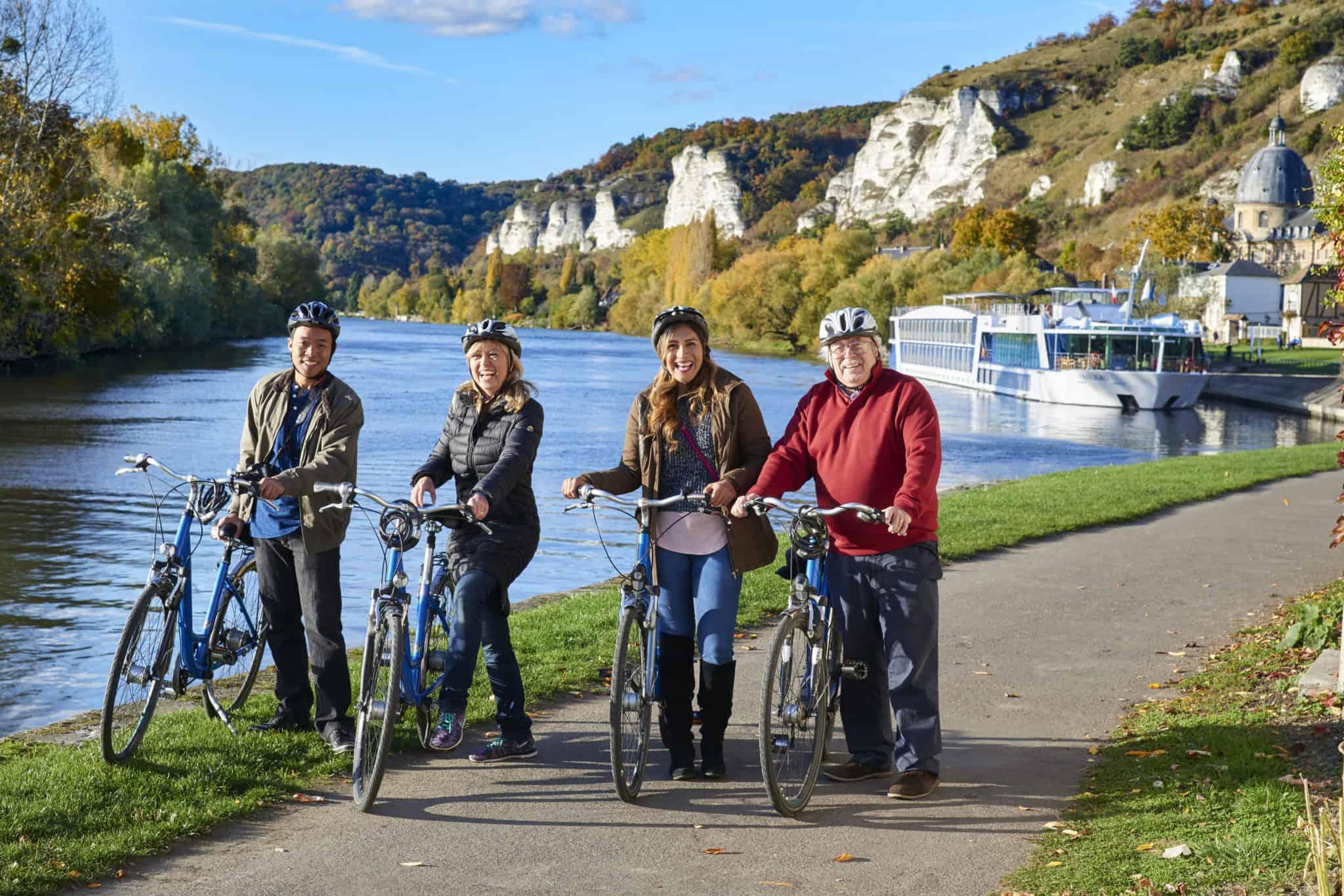 bike tour the Seine AmaWaterways