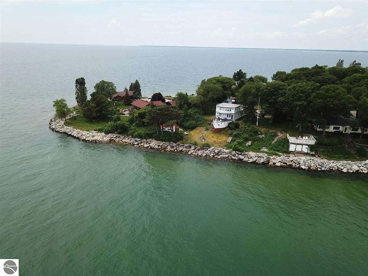 zillow boat house lake huron