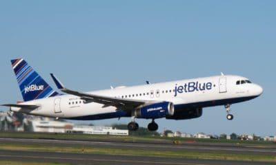 JetBlue A320 airplane flight takeoff